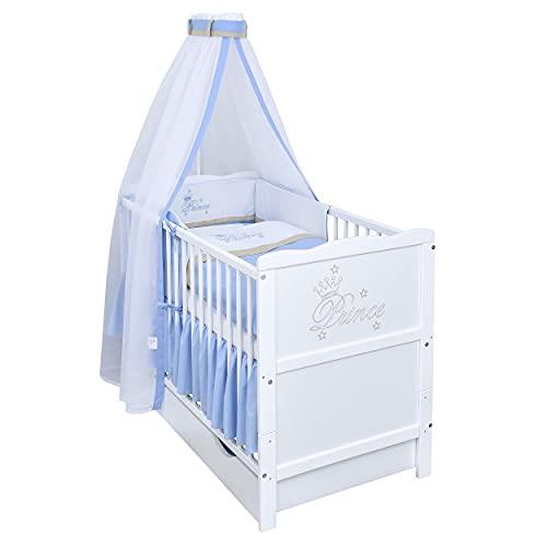 Baby Delux Babybett Komplett Set Kinderbett umbaubar zum Juniorbett weiß 120x60 Schublade Bettset Stickerei Matratze Prince Gravur