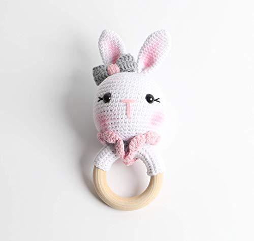 Baby Rassel in Rosa - 100% Baumwolle und 100% Handarbeit mit Anti-Pilling Garn - Beißring für Babys - Rassel mit Tierdesign als gestrickten Hasen