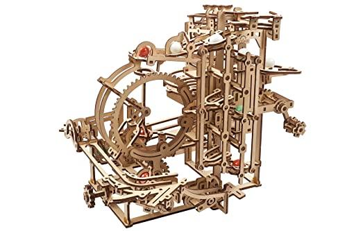 UGEARS 3D Puzzle Kugelbahn Holz - DIY Spielset Murmelbahn Holz mit einen Hebemechanismus mit 3 Etappen und 10 Murmeln - Kugelbahn Aus Holz Modellbausatz Erwachsene und Kinder - 3D Holzpuzzle