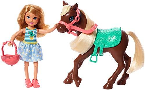 Barbie GHV78 - Club Chelsea Puppe & Pony (blond) mit Mode und Zubehör, Spielzeug ab 3 Jahren