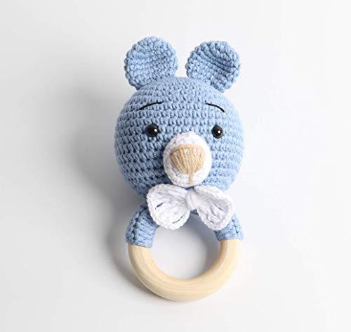 Baby Rassel in Blau - 100% Handarbeit mit Anti-Pilling Garn - Beißring für Babys - Rassel mit Tierdesign als gestrickten Bär