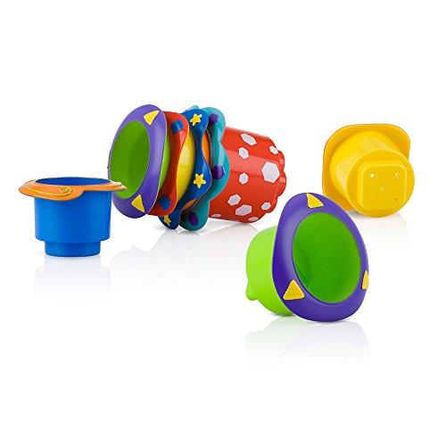 Nuby - Spielzeug Stapelbare Badebecher - Stapelbare Badebecher - 5 Tassen mit Löchern zum Spielen mit dem Wasser - für Babys ab 6 Monate