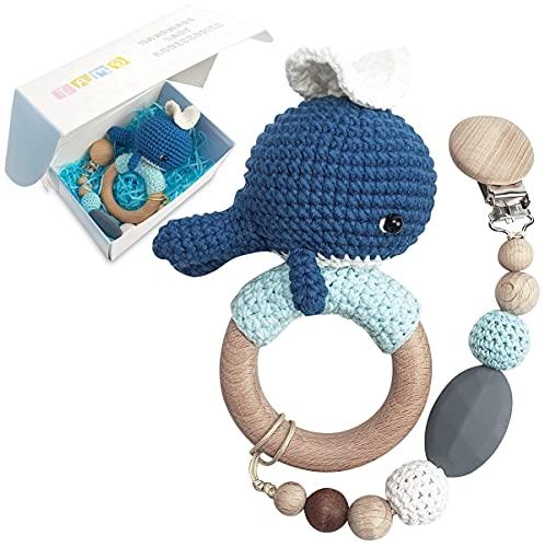 Baby Geschenk Geburt Mädchen Junge Beißring Holz Spielzeug mit Schnullerkette Gehäkelte Greifling - Geschenke Holzspielzeug Rassel Baby Handmade Wal