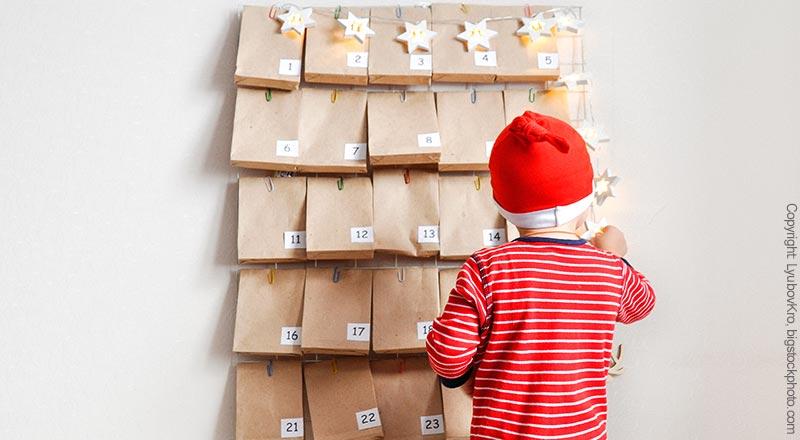 Weihnachtskalender für Babys