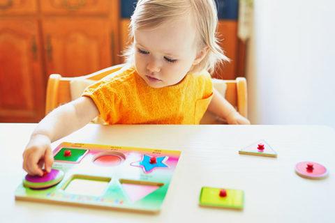 Steckpuzzle für Kleinkinder